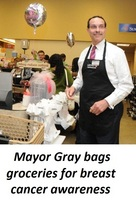 Mayor Gray at Safeway