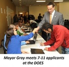 Mayor Meets 7-11 Applicants