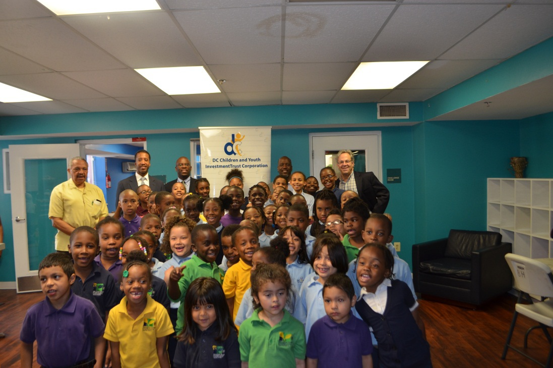 Councilmember McDuffie Drops by the Afterschool Program at Edgewood's Beacon House