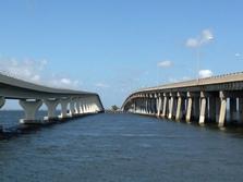 Courtney Campbell Bridge between the bridge looking west
