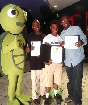 Image of Students with Turtle and Environment Awards
