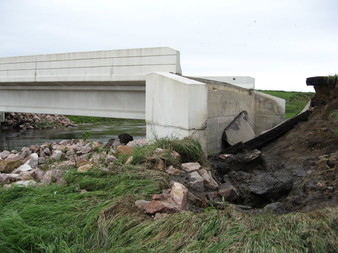 blown-out bridge, Pipestone County