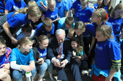 Governor Dayton visits with kids