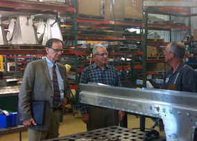 Governor Dayton visits the Center and Newport Laboratories.