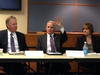 Governor Dayton kicks off talks on railway safety in Minnesota