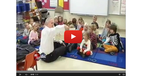 Governor Dayton Meets with Students and Teachers at Congdon Park Elementary in Duluth