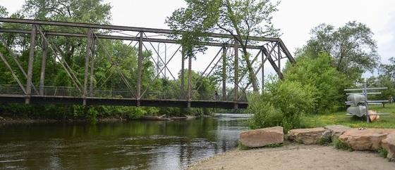 Boom Island-Nicollet Island Bridge