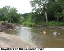LeSueur kayakers