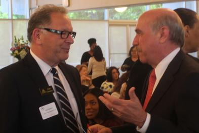 Mayor greets Latin American Chamber