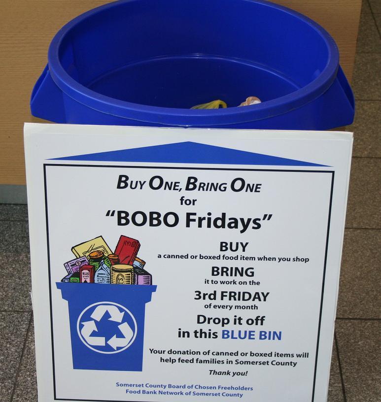 BOBO Fridays Bin & Sign