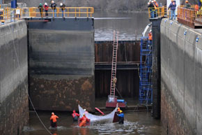 Lock 1 seal rescue by John Carl D'annibale courtesy Albany Times-Union