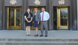 Susan and Interns Pose Outside Capitol