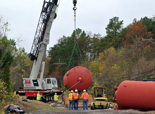 Oak Ridge Water Tower Demolition : Em update vol issue march