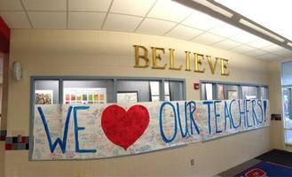 Photo of teacher banner on Twitter at #Thankateacher