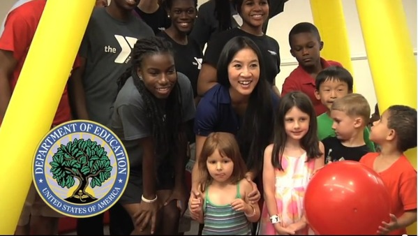 Michelle Kwan and children at Let's Read, Let's Move