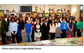 NIDDK Director Dr. Griffin P. Rodgers with a group of 7th and 8th grade students from Buck Lodge Middle School. Photo credit: Buck Lodge Middle School