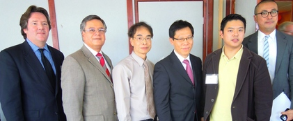 Photo: Ruben Garcia with Hong Kong Association Board Members