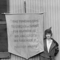 Suffragettes sign