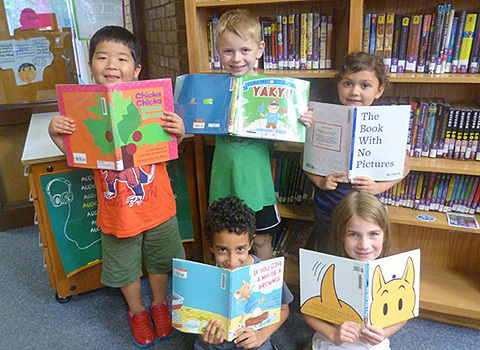 Union mill 1st graders show favorite books