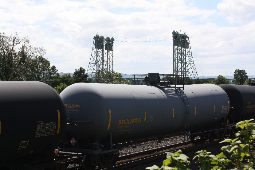 oil trains