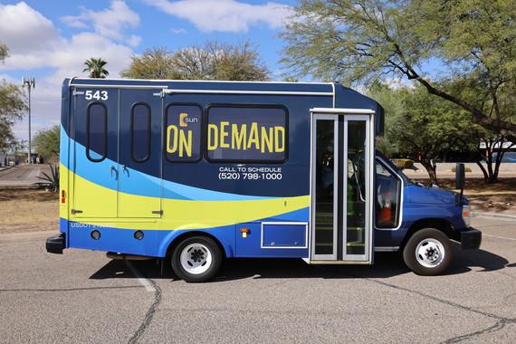 Sun On Demand, vehicle