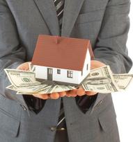 lender holding cash in hands