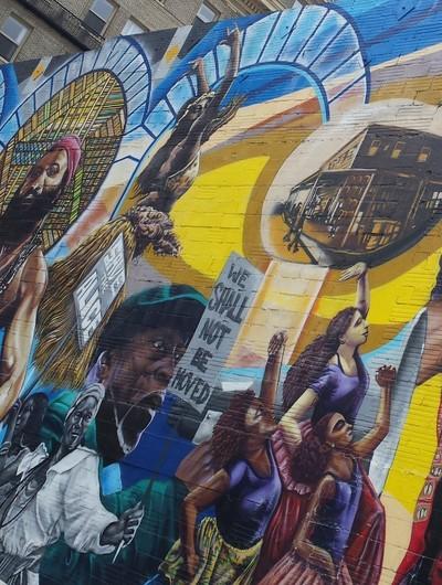 Alice Street mural