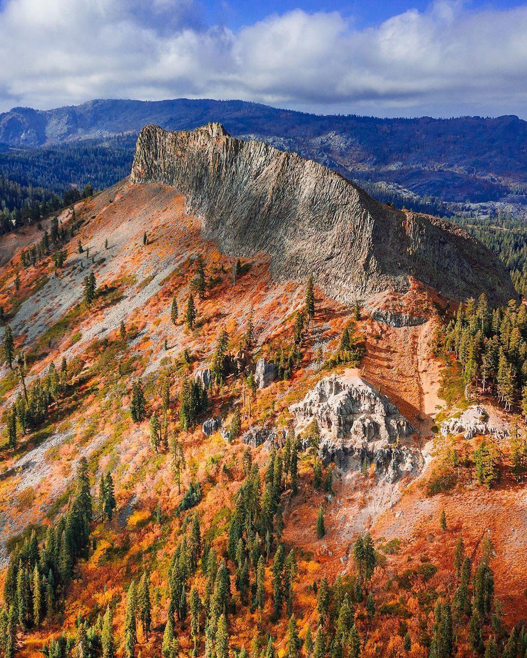 Photo of mountain range.