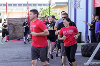 Roseville Police employees and others running together