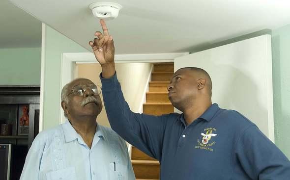 Testing Smoke Alarm