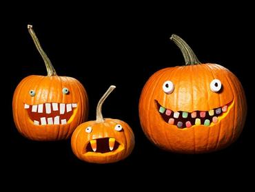halloween candy pumkpins