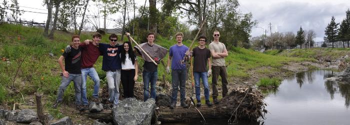 Colgan Creek Volunteer Day