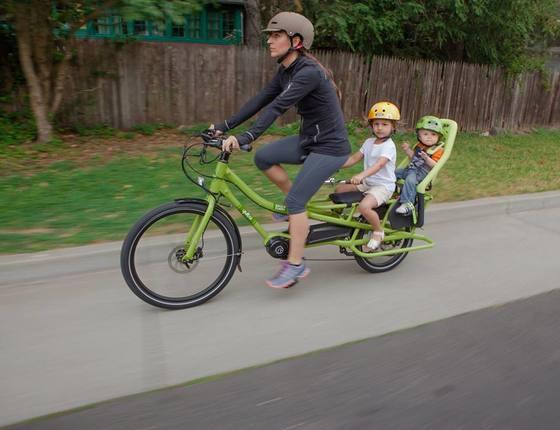 Family on an e-bike