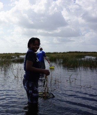 Volunteers are happy to get involved with FWC's habitat management actions. Photo by FWC staff.