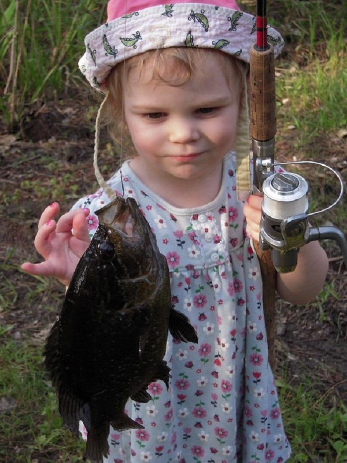 girl w fish