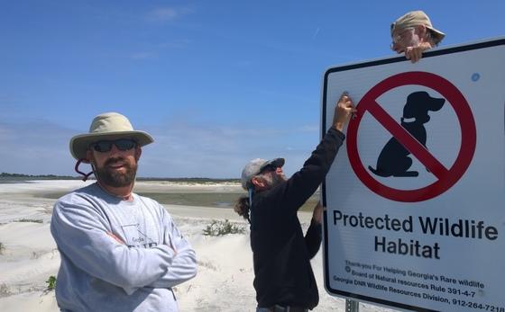 Posting Little Tybee Island (Rene Heidt)