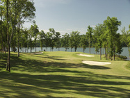 Arrowhead Pointe golf