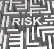Three dimensional word RISK inside a maze