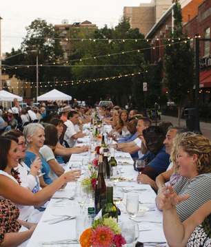 Diners eat at Farm to Street dinner