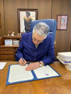 Cook County Board President signs COVID-19 disaster proclamation on March 10, 2020.