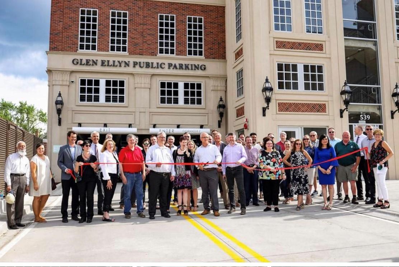Glen Ellyn parking garage opens