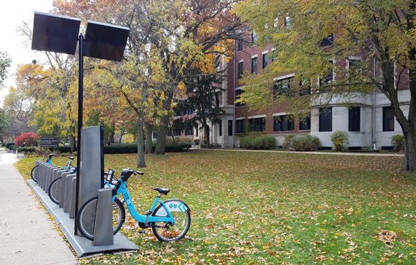 Divvy bike station - Morton Civic Center
