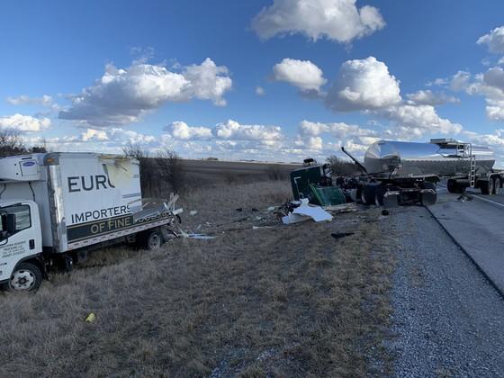 truck crash 3