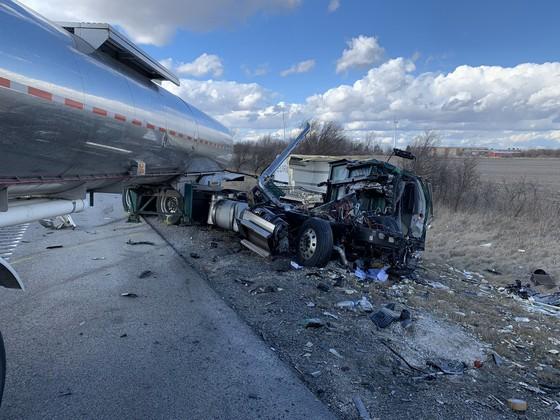 truck crash 4