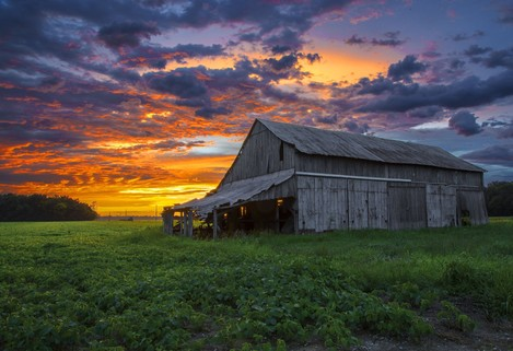 Photo of old barn and sunset - winner of Indiana Agriculture Photo Contest.