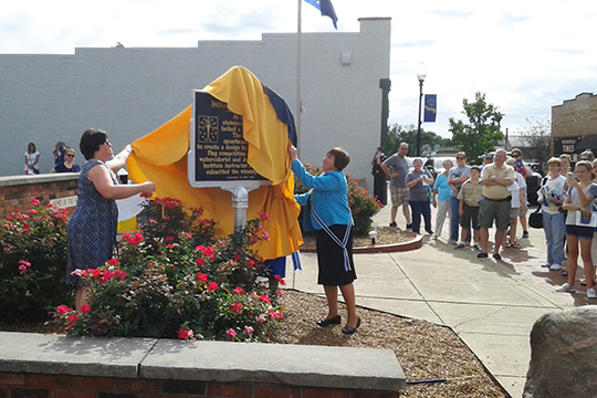 state flag marker unveiling