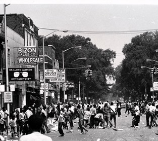 black-and-white photo of Detroiters on 12th Street, July 1967