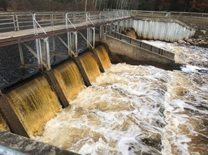 Close-up view of the Reedsburg Dam, Missaukee County