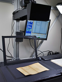 A documents scanner is shown.