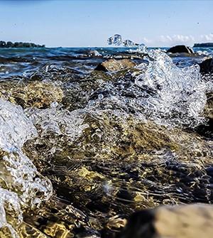 Water splashing on rocks at Belle Isle